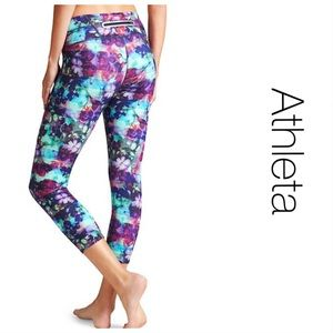 Athleata Abstract Floral Capri XS
